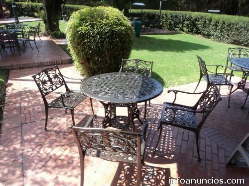 Fotos de muebles para jard n terrazas mesas y sillas en - Muebles de jardin de forja ...