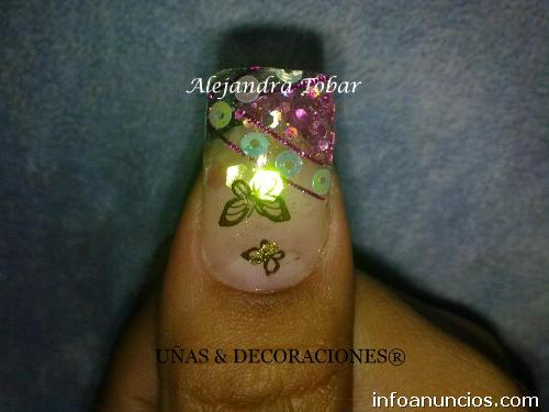Unas acrilicas decoradas con esmalte hawaii dermatology for Decoracion de unas con esmalte