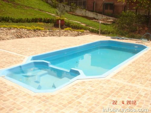 Fotos de piscinas prfv prefabricadas spa jacuzzi en cartagena for Piscina 6 x 3