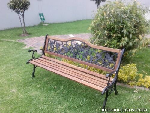 Fotos de bancas madera sillas mesas forja hierro for Bancas para jardin de madera