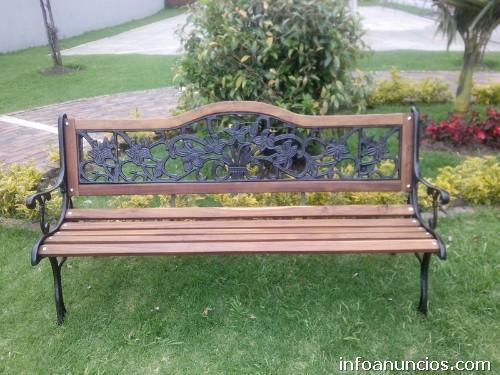 Fotos de bancas madera sillas mesas forja hierro for Sillas para parques