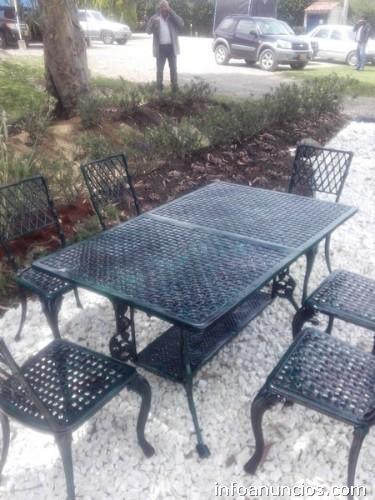 Fotos de muebles para jard n terrazas mesas y sillas en for Muebles de aluminio para jardin