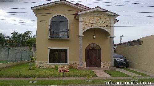 Se renta casa de 2 plantas ubicada en villas del for Casa de dos plantas en honduras