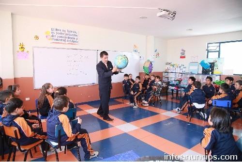 Elige la mejor educaci n en riobamba vigotsky jard n for Colegio jardin de africa